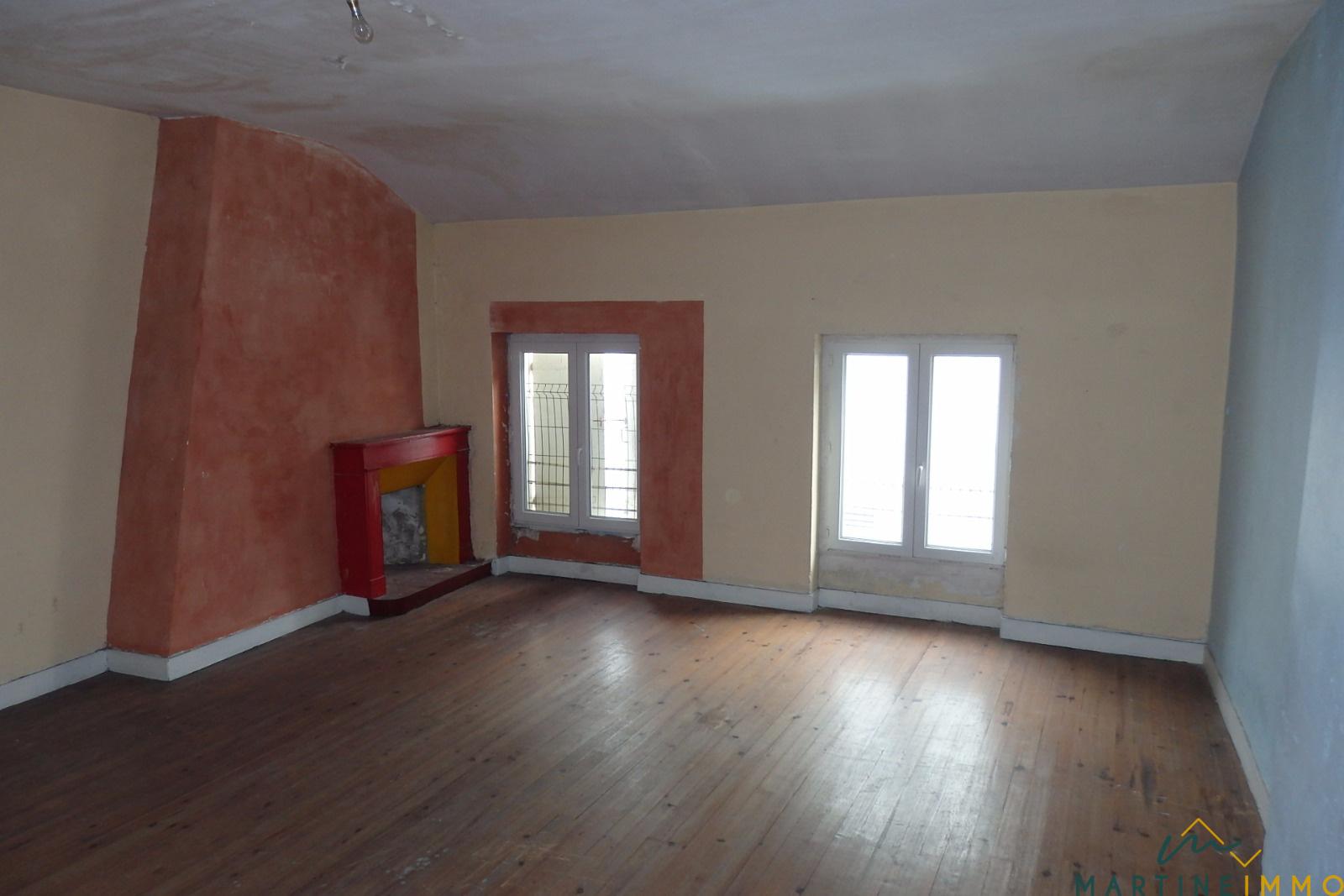 vente maison a vendre centre marmande. Black Bedroom Furniture Sets. Home Design Ideas